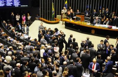alx_brasil-plenario-camara-dos-deputados-20150415-002_original