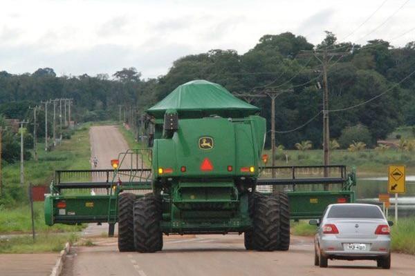 maquina-agricola(1)(1)
